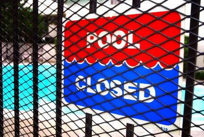 pool - closed