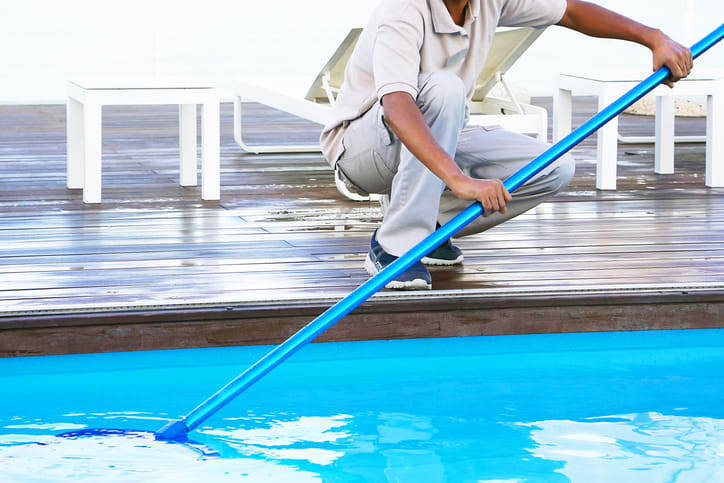 Swimming Pool Cleaning Services In Virginia