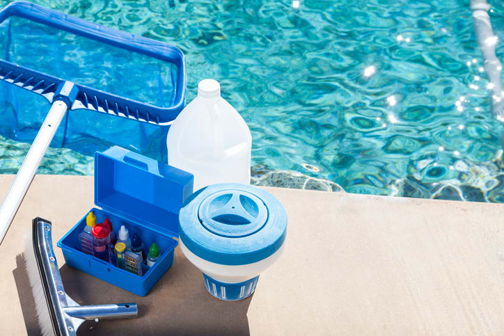 Essential Pool Cleaning Kit