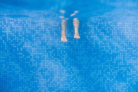 Feet Underwater in Pool Virginia, Maryland, and Washington, DC